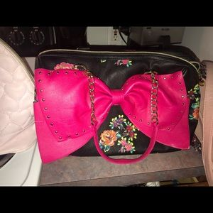 Handbags - Betsey Johnson Purse